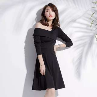 A line Black Off Shoulder Dress