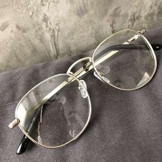 復古銀框眼鏡