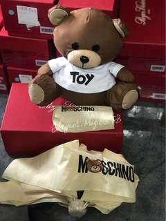 Moschino 熊仔輕身縮骨遮送熊公仔 特價米色最後兩把