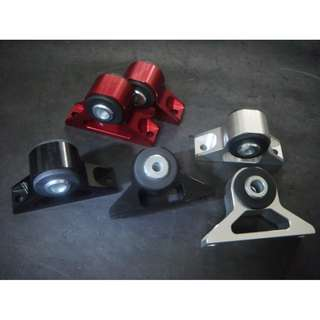 Hasport billet engine mounting Wira 1.3/1.5, 1.6 & 1.8 ,  Satria &  Evo 123    FRONT    SILVER color model 34432.