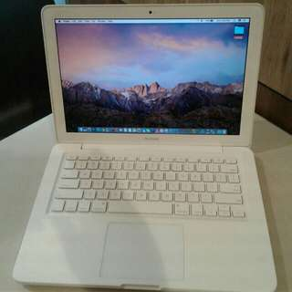 Macbook unibody white 2009