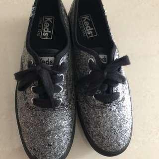 a26906dd3ae Keds glitter platform shoes