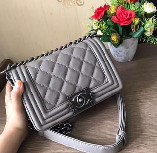DISKON!! CHANEL Boy
