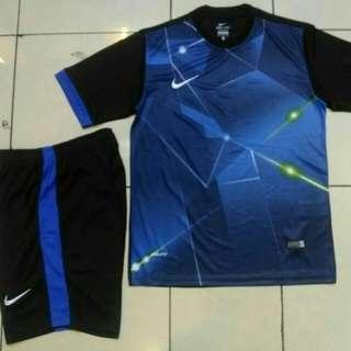 Stelan Olahraga Nike