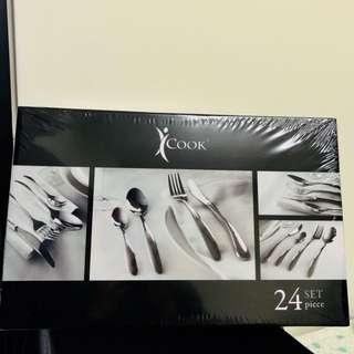 安麗不鏽鋼餐具24件組(運費我來付)