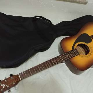 Yamaha Acoustic Guitar 木吉他