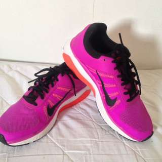 Nike Pink Running shoes
