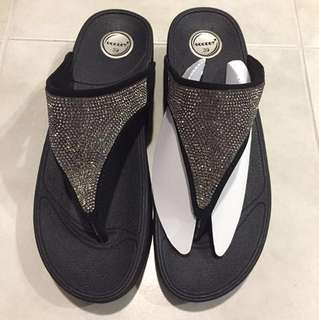 BN Fitflop-inspired Sandals