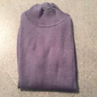 Cashmere turtle neck long sleeves by Giordano Ladies