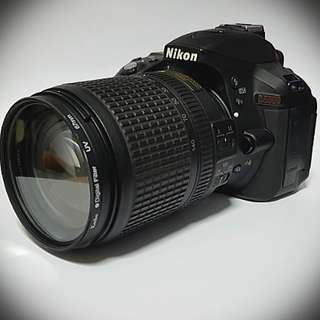 Nikon D5300 18 - 140mm kit
