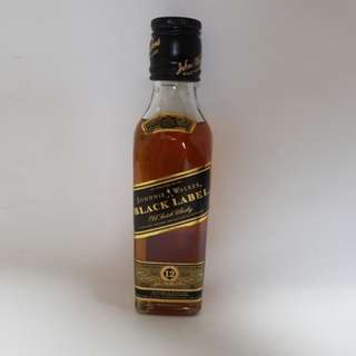Johnnie Walker Black Label (old scotch Whisky)
