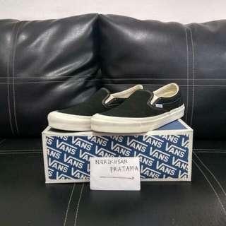 Vans OG Classic Slip-On Size 10US