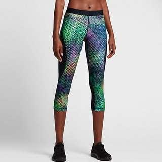 Nike hypercool capri