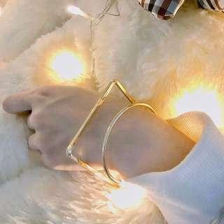 🌹REINA BRASS GOLD CUFF/BRACELET