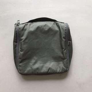 Muji Toiletries Bag with Hook