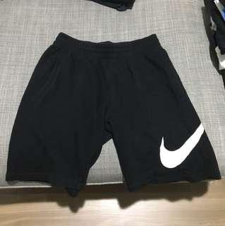 Nike短棉褲