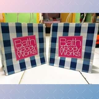 Paper bag Bath & Body Work 2 pcs (free ongkir jabodetabe)
