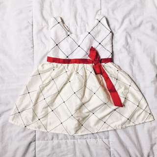 Off white dress 6-12m