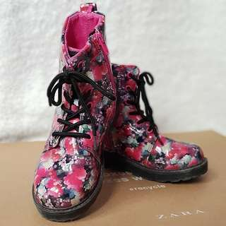 H&M flowery boots