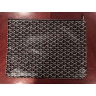 Goyard Senat 100% authentic.
