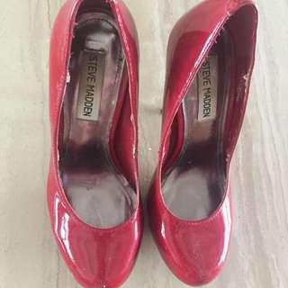 red heels merah steve madden