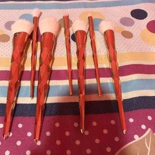 Unicorn Gold brushes