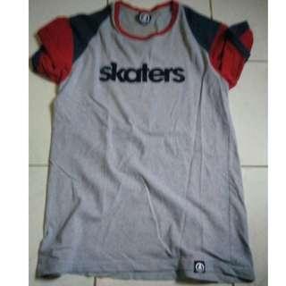 D08 Baju Skaters