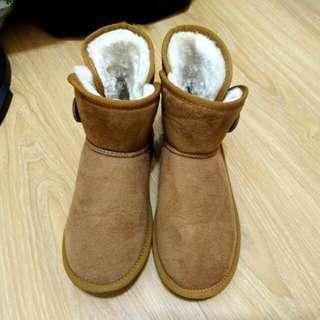 🚚 日本品牌 日系 拉扣 駝色x黃絨 斜口 麂皮 低筒 雪靴 原價580
