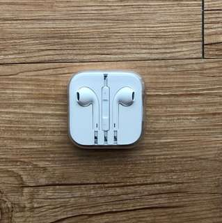 Authentic New Apple Earbuds