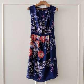 WAREHOUSE, M, deep violet floral dress