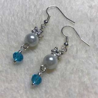 Free Postage! Clearance Sale! Handmade Dangling Pearl & Crystal beads Earrings