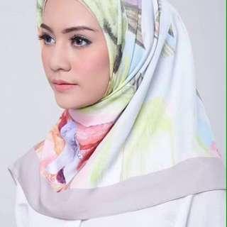 Alurra Chelsea scarf