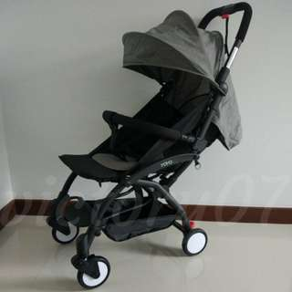 (FREE DELIVERY) BN Lightweight Baby Stroller/Choose between Light Grey or Misty Black colour