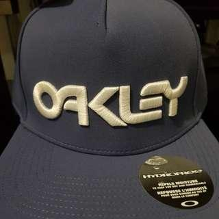 Repriced Oakley Cap