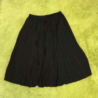 GU 百摺裙