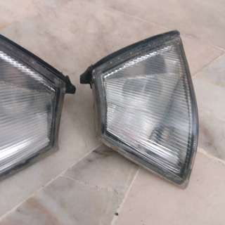 Proton Iswara front signal/blinker light