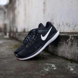 🚚 Nike 級輕量跑鞋8成新