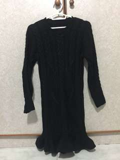 One-piece knitted dress