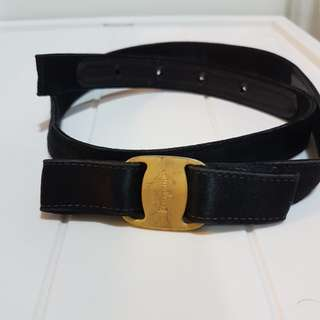 Ferragamo Black belt sz S (small logo)