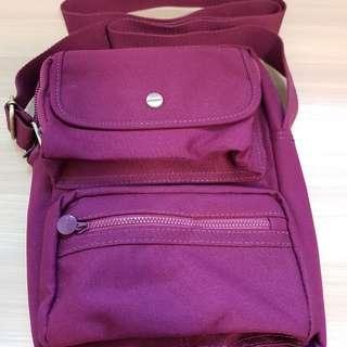 Causal sling bag