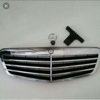 W212 pre face lift front grille from advantgrade model