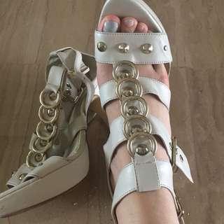 gladiator heels sandals Aldo