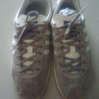 Sepatu adidas gazalle og