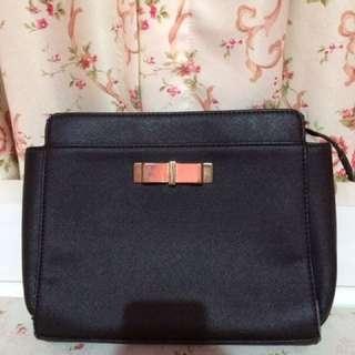 Charles&Keith slingbag original used