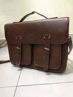 TYPO Messenger Bag