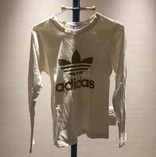 Adidas燙金logo上衣