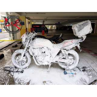 Bike Wash / Bike Grooming / Professional Detailing / Super 4 Spec 3 CB 400