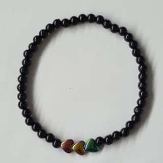 [Handmade] Dainty black bracelet