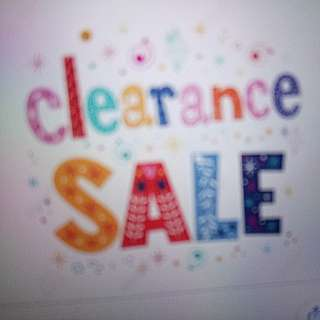 WOMEN'S CLOTHING CLEARANCE ALL MUST GO