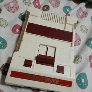 Oldschool Familu Computer